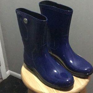 Women's Ugg Blue Rain Boots Size 10B